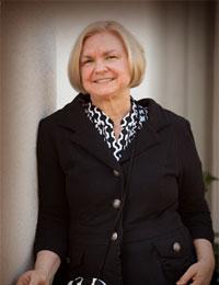 Joyce Strand - Author of The Jillian Hillcrest Mysteries